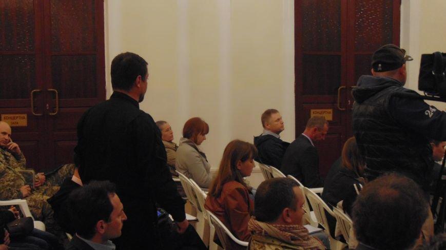 На штабе обороны устроили опрос нардепа Украины и рекомендовали мариупольским мужчинам носить паспорта (ФОТО) (фото) - фото 1