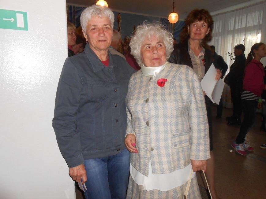 Награды и необычные гости днепродзержинской Женской сотни (фото) - фото 23