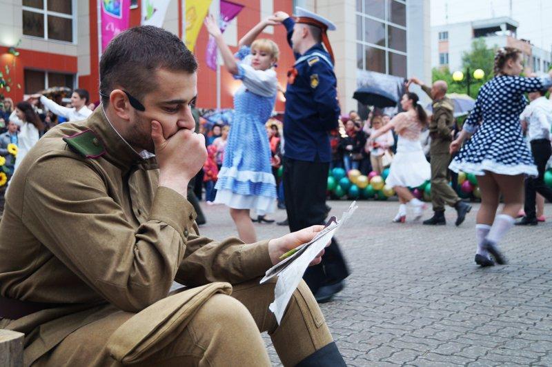 В Белгороде станцевали вальс Победы (фото) - фото 8