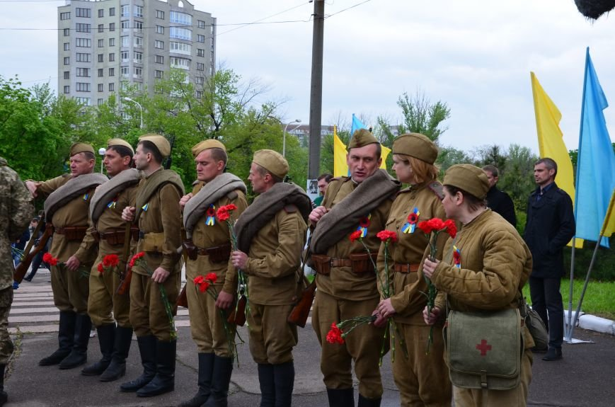 В Мариуполе чествуют ветеранов Второй мировой войны (ФОТОРЕПОРТАЖ), фото-11