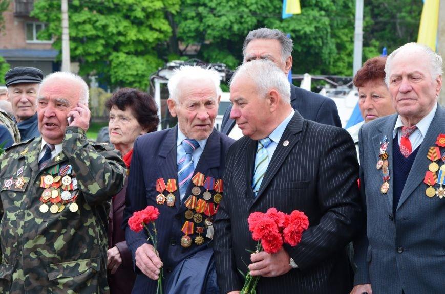 В Мариуполе чествуют ветеранов Второй мировой войны (ФОТОРЕПОРТАЖ), фото-16