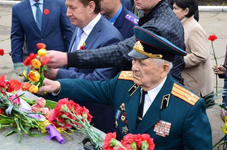 В Мариуполе чествуют ветеранов Второй мировой войны (ФОТОРЕПОРТАЖ), фото-25