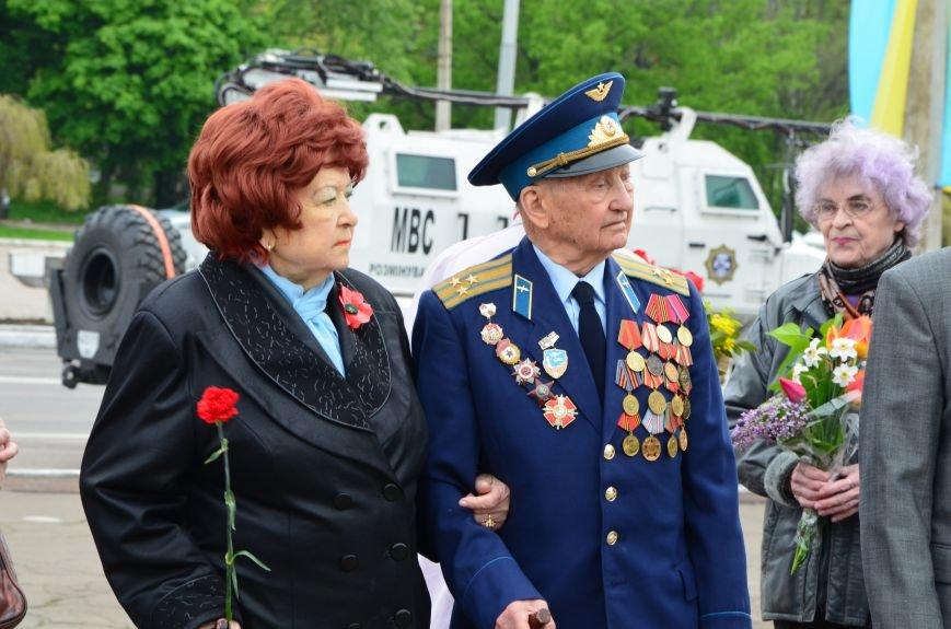 В Мариуполе чествуют ветеранов Второй мировой войны (ФОТОРЕПОРТАЖ), фото-5