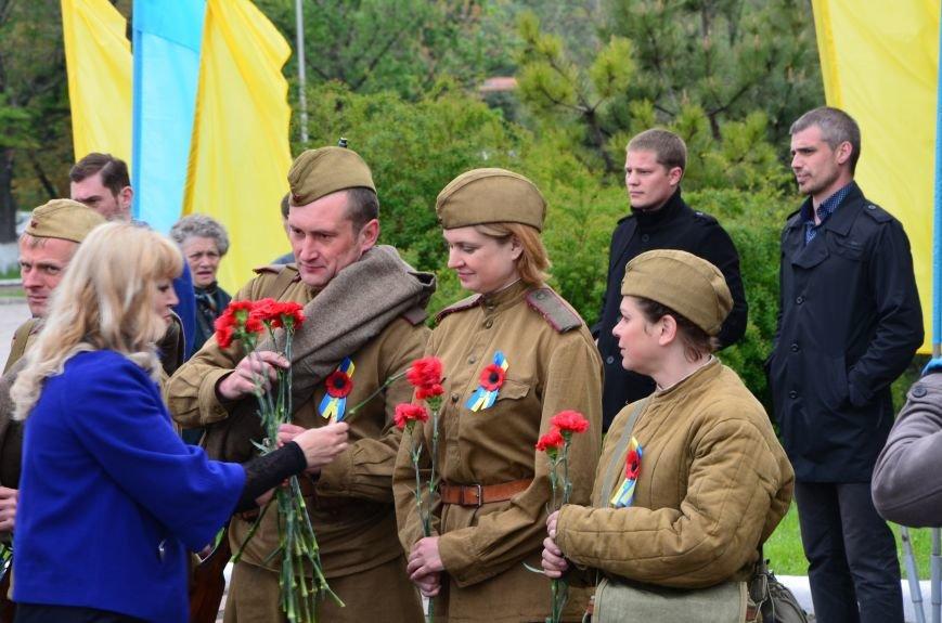 В Мариуполе чествуют ветеранов Второй мировой войны (ФОТОРЕПОРТАЖ), фото-10