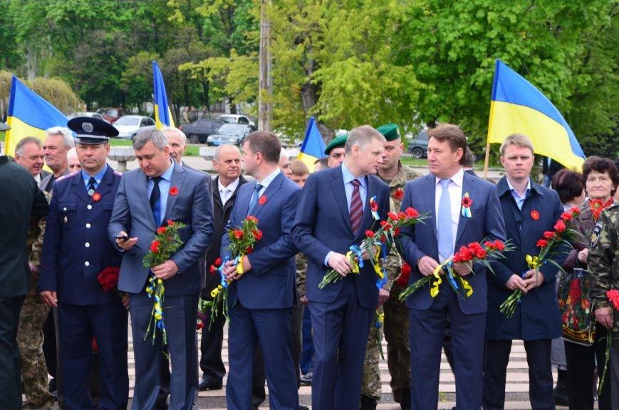 В Мариуполе чествуют ветеранов Второй мировой войны (ФОТОРЕПОРТАЖ), фото-9