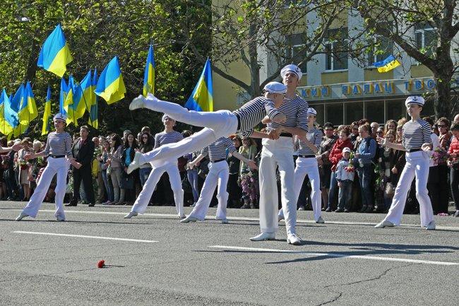 Николаевских ветеранов поздравили с Днем Победы: ярко и с размахом (ФОТО+ВИДЕО) (фото) - фото 32