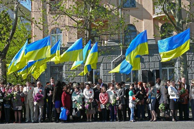 Николаевских ветеранов поздравили с Днем Победы: ярко и с размахом (ФОТО+ВИДЕО) (фото) - фото 19