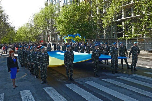 Николаевских ветеранов поздравили с Днем Победы: ярко и с размахом (ФОТО+ВИДЕО) (фото) - фото 1