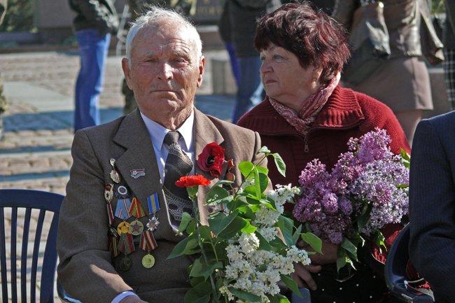 Николаевских ветеранов поздравили с Днем Победы: ярко и с размахом (ФОТО+ВИДЕО) (фото) - фото 10