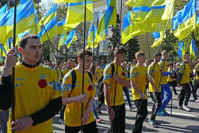 Николаевских ветеранов поздравили с Днем Победы: ярко и с размахом (ФОТО+ВИДЕО) (фото) - фото 34