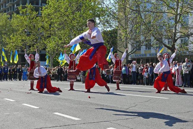 Николаевских ветеранов поздравили с Днем Победы: ярко и с размахом (ФОТО+ВИДЕО) (фото) - фото 33