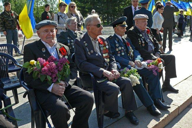 Николаевских ветеранов поздравили с Днем Победы: ярко и с размахом (ФОТО+ВИДЕО) (фото) - фото 8