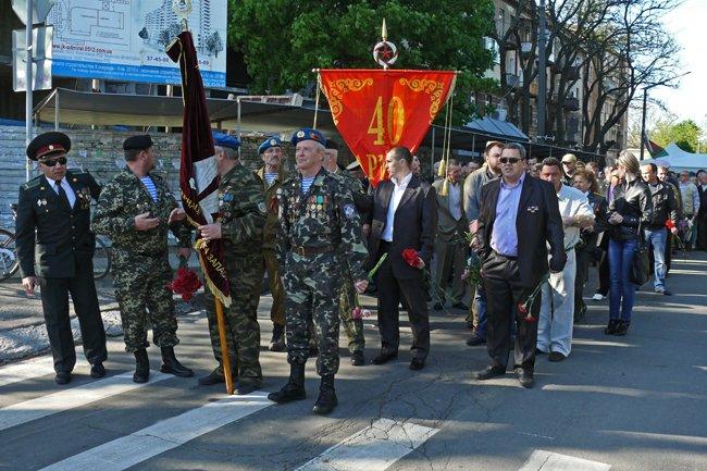 Николаевских ветеранов поздравили с Днем Победы: ярко и с размахом (ФОТО+ВИДЕО) (фото) - фото 2