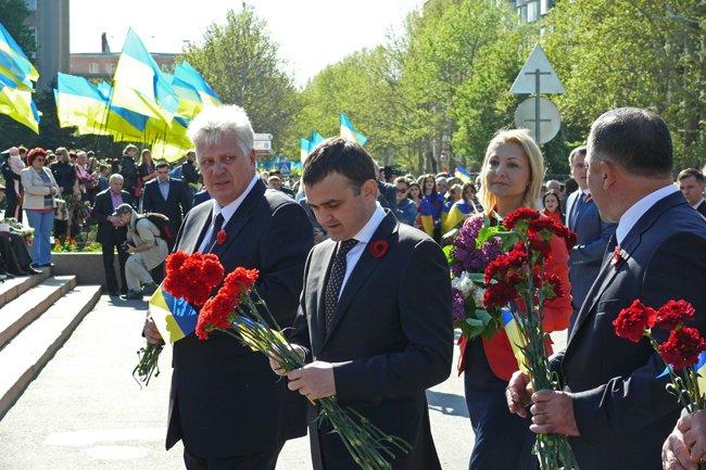 Николаевских ветеранов поздравили с Днем Победы: ярко и с размахом (ФОТО+ВИДЕО) (фото) - фото 22
