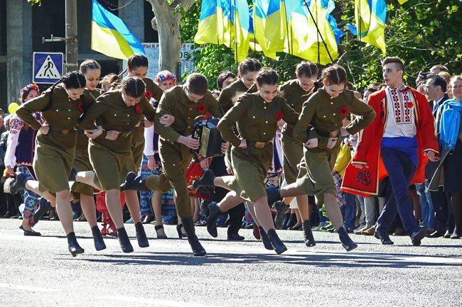 Николаевских ветеранов поздравили с Днем Победы: ярко и с размахом (ФОТО+ВИДЕО) (фото) - фото 29