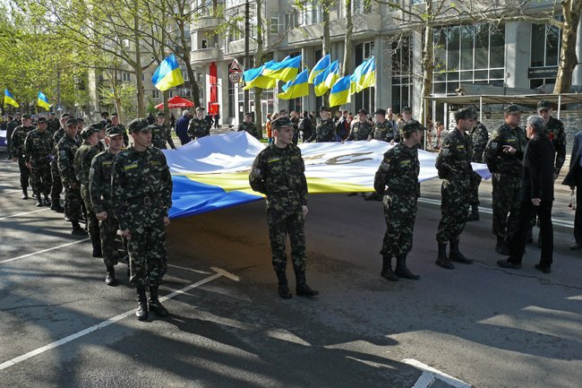 Николаевских ветеранов поздравили с Днем Победы: ярко и с размахом (ФОТО+ВИДЕО) (фото) - фото 4