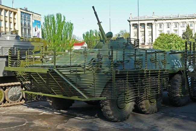 Николаевцам показали военную технику и разрешили прицелиться (ФОТОРЕПОРТАЖ) (фото) - фото 3