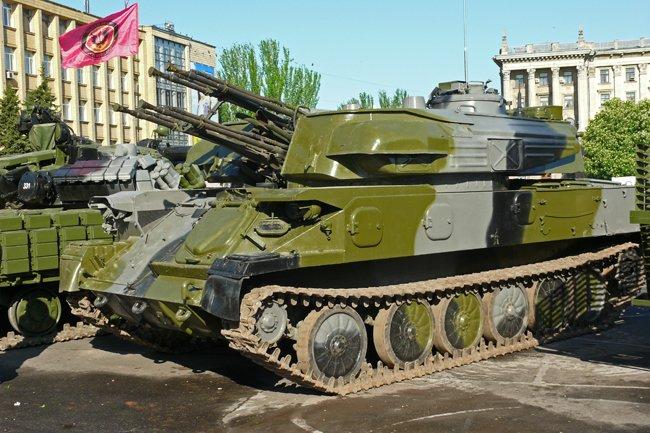 Николаевцам показали военную технику и разрешили прицелиться (ФОТОРЕПОРТАЖ) (фото) - фото 4