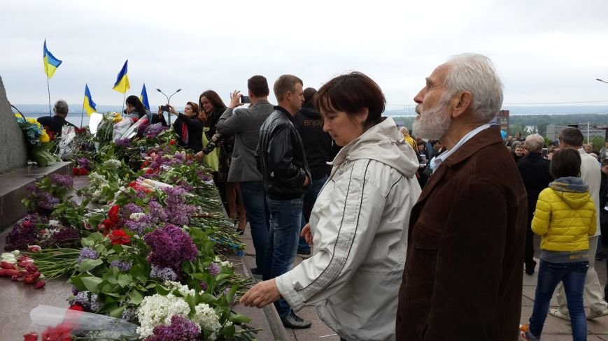 День Победы в Днепропетровске: мало ветеранов, много милиции, молодежи и детей (ФОТО) (фото) - фото 9
