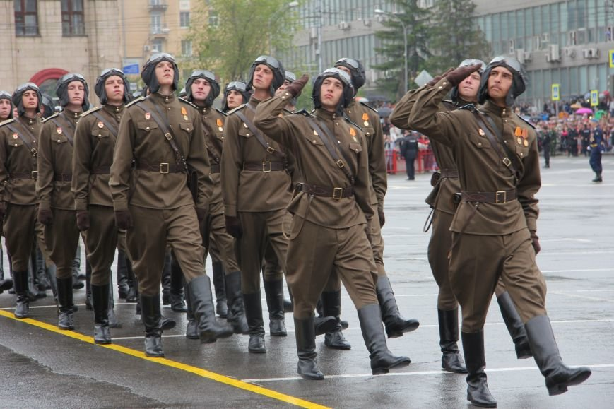 В Волгограде прошел Парад Победы, фото-6