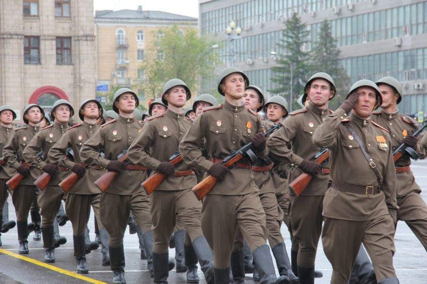 В Волгограде прошел Парад Победы, фото-5