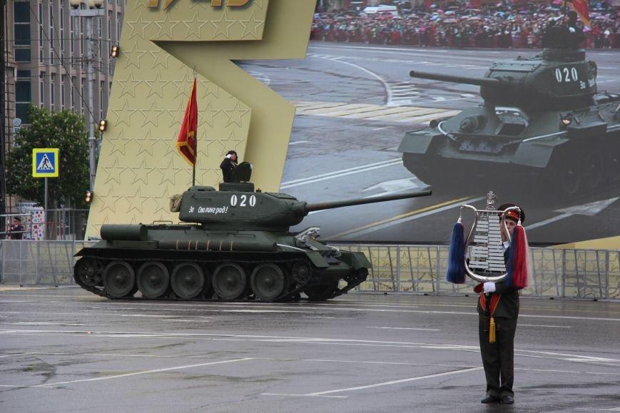 В Волгограде прошел Парад Победы, фото-9