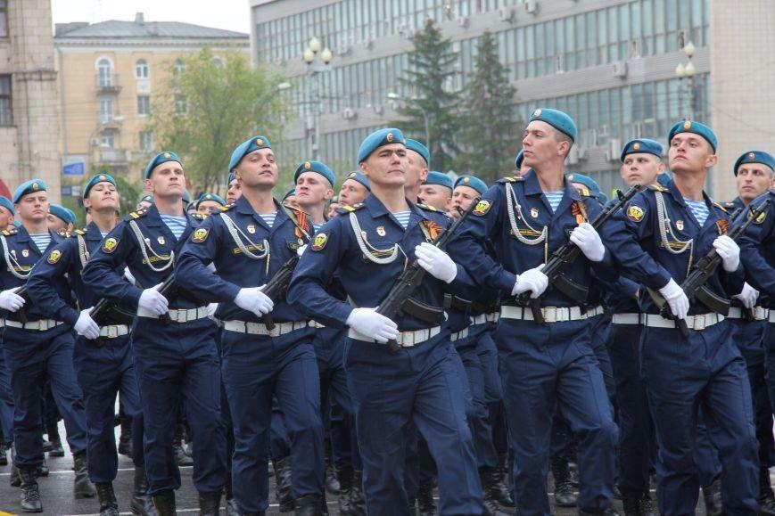 В Волгограде прошел Парад Победы, фото-8