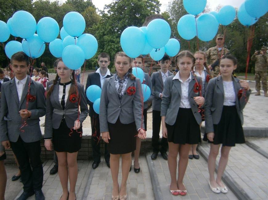 В Димитрове 70-летие Победы отпраздновали митингом, полевой кухней и концертом (ОБНОВЛЕНО) (фото) - фото 24