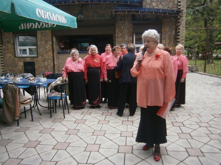 В Димитрове 70-летие Победы отпраздновали митингом, полевой кухней и концертом (ОБНОВЛЕНО) (фото) - фото 109