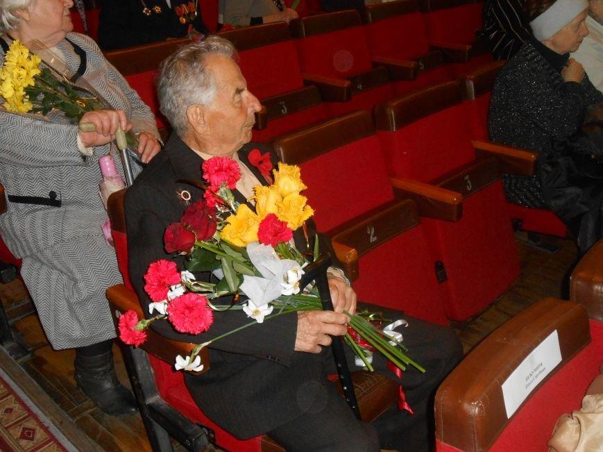 Днепродзержинск отмечает 70-ю годовщину Победы над нацизмом (фото) - фото 18
