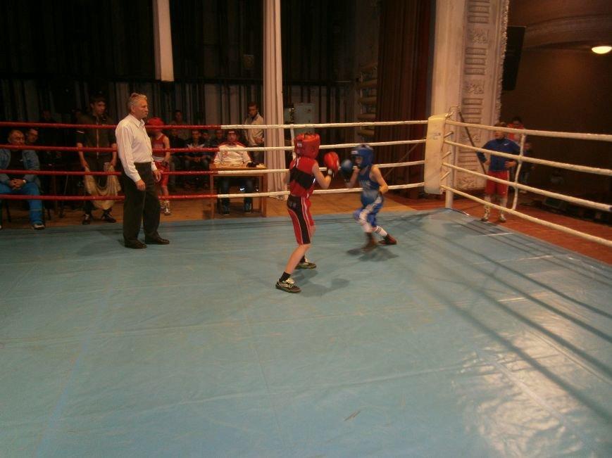 В Димитрове завершился Областной турнир по боксу, посвященный Дню Победы (ФОТО+ВИДЕО) (фото) - фото 10