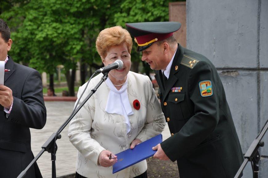 В Краматорске в сквере Героев у Вечного огня состоялся митинг, фото-21