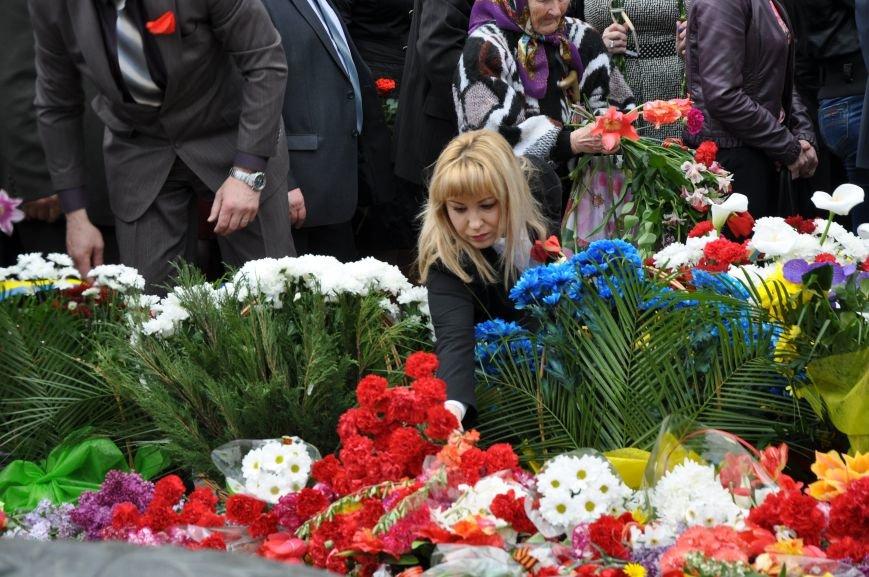 В Краматорске в сквере Героев у Вечного огня состоялся митинг, фото-26