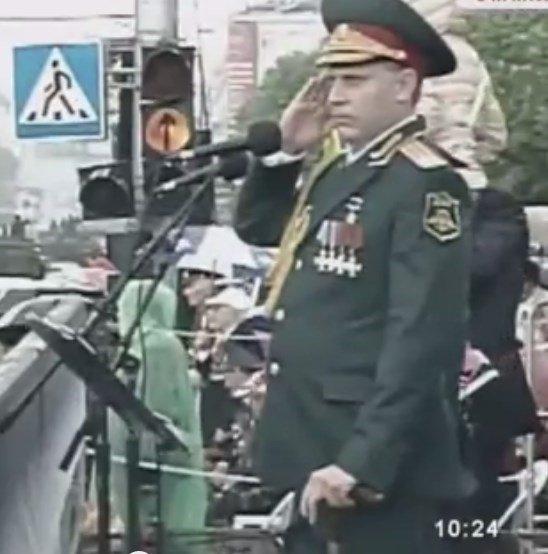 Почему глава «ДНР» качался на параде 9 мая (ФОТО, ВИДЕО) (фото) - фото 1