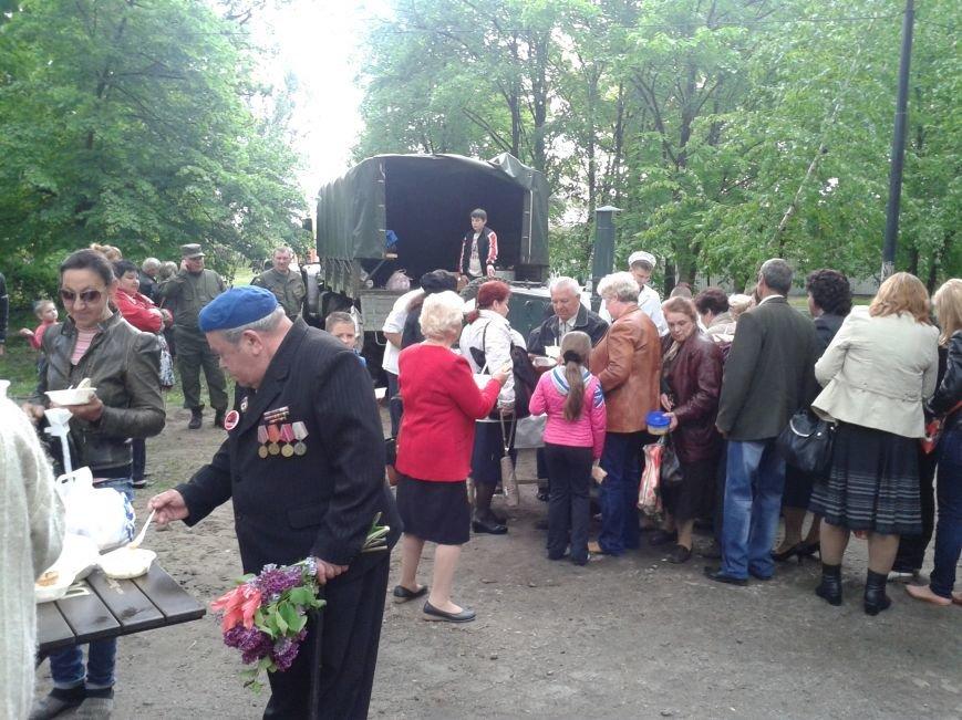 Солдатская каша вызвала ажиотаж у павлоградцев, фото-4