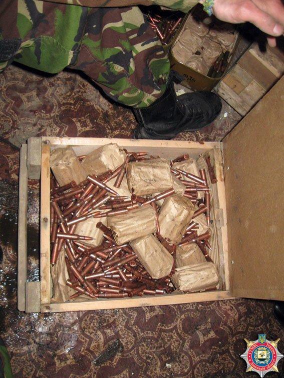 В Красноармейске обнаружен склад оружия: 6 гранатометов, 38 гранаи и 12 тыс. патронов (ФОТО) (фото) - фото 5