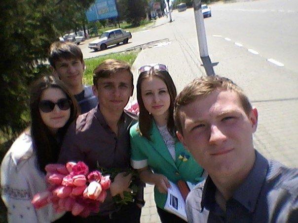 10 травня «Студентська свобода» поздоровила жінок Нікополя з Днем матері (фото) - фото 1