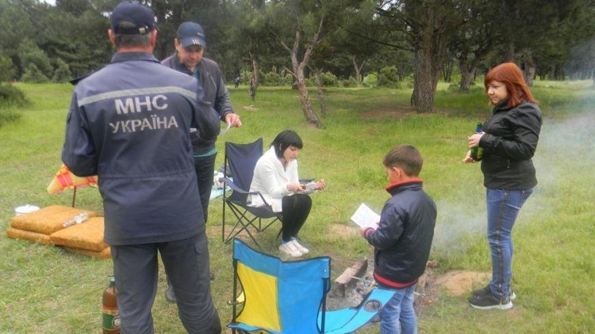 В Каховском районе спасатели напоминают отдыхающим правила безопасного поведения (фото) - фото 2