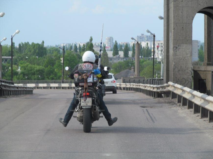 Через Кременчуг проезжал легендарный байкер - украинский патриот с неукраинским именем (ФОТО), фото-3
