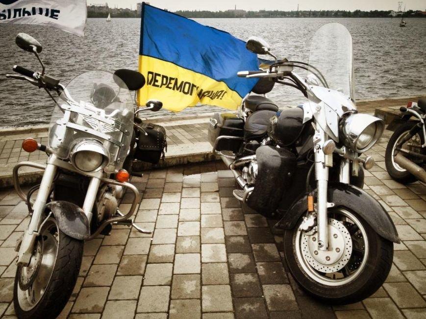 Через Кременчуг проезжал легендарный байкер - украинский патриот с неукраинским именем (ФОТО), фото-6