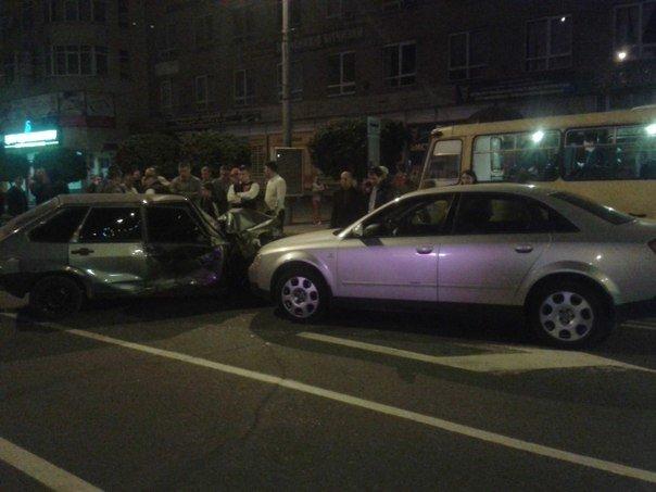 ДТП на вулиці Незалежності (ФОТО), фото-2