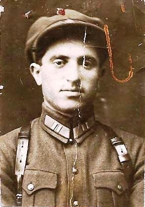 Комиссар 1 батальона –  Флейдер Ш.Ш.