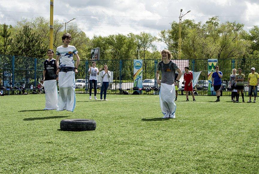 Весело стартуем. Благотворительная акция на Комсомольском острове, фото-2