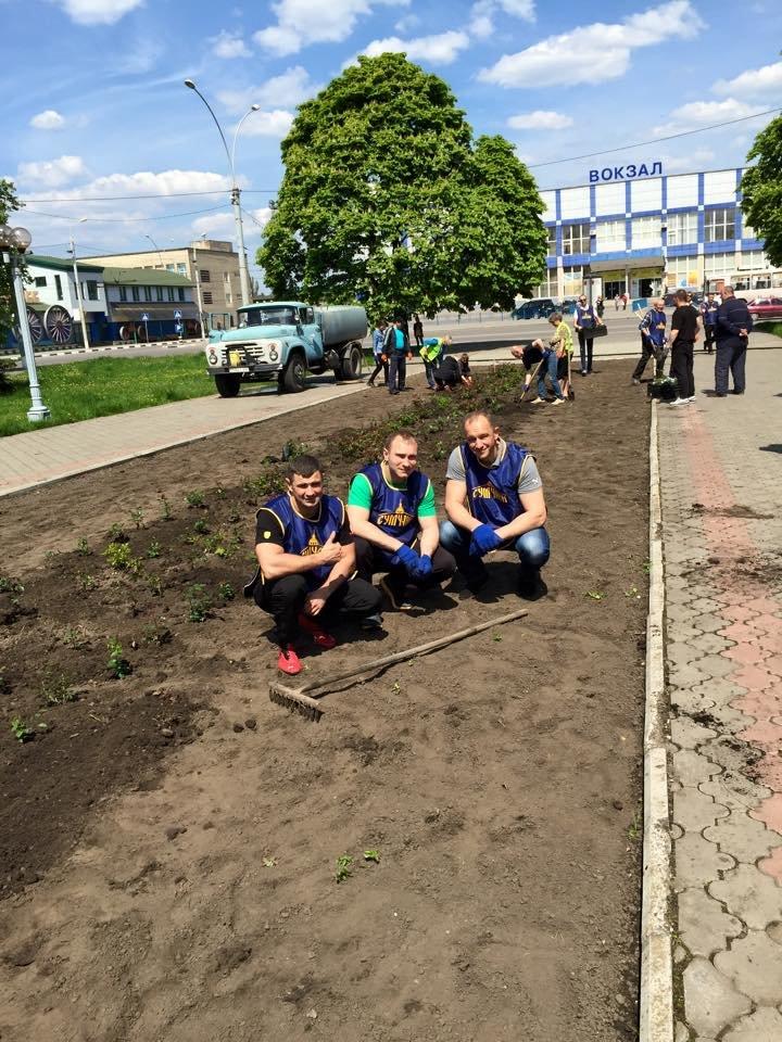 «Сумчане» высадили 300 кустов роз (ФОТО), фото-5