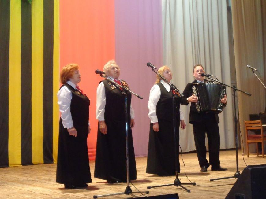 В Ялте прошел ежегодный региональный фестиваль «Песни Победы! Песни весны!» (фото) - фото 1