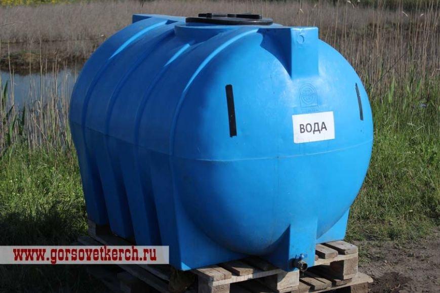 В праздничные дни для выезжающих из Крыма на переправе организовали пункты питания и установили туалеты вдоль дороги (ФОТО), фото-7
