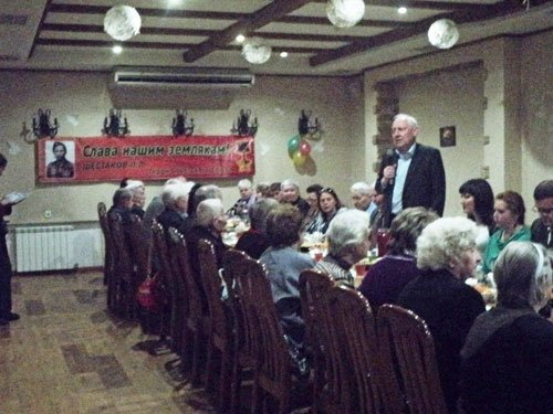 В Авдеевке поздравили ветеранов с Днем Победы (ФОТО) (фото) - фото 4