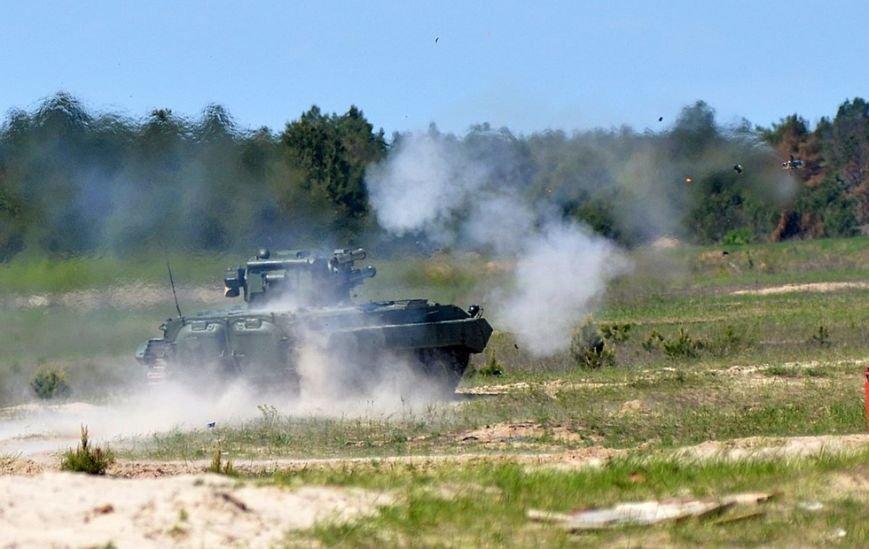 Порошенко и Турчинов наблюдали за стрельбами в Черниговской области, фото-4