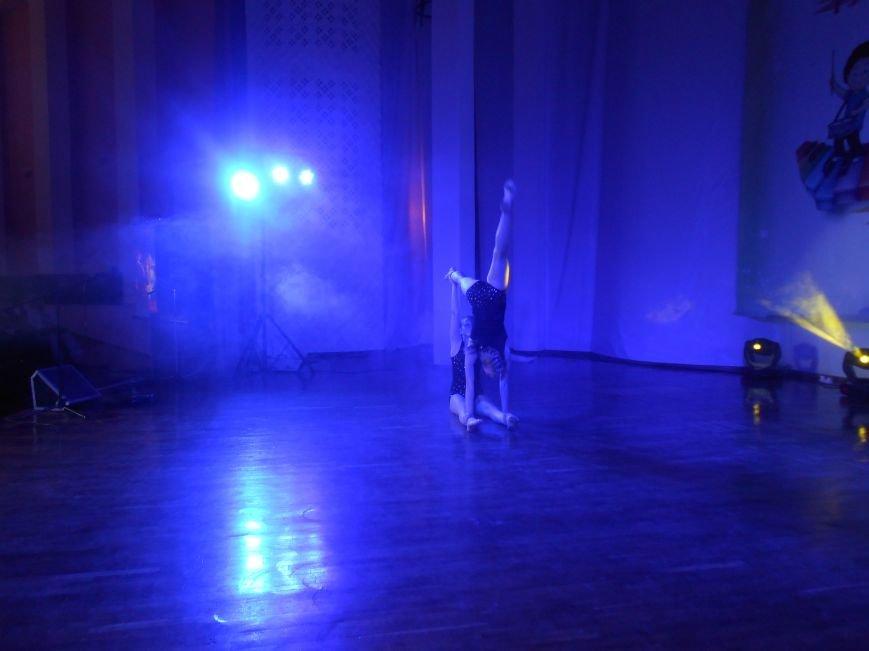В Днепродзержинске состоялся гала-концерт детского творчества «Виват, талант!» (фото) - фото 5