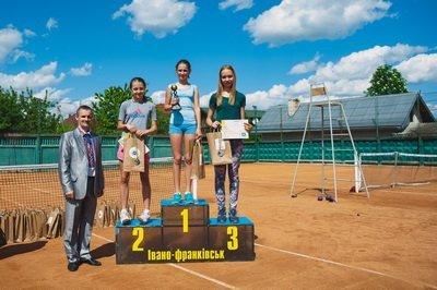 Франківчани залишили кубок Всеукраїнського тенісного турніру «IRON CUP» у рідному місті (ФОТО), фото-1